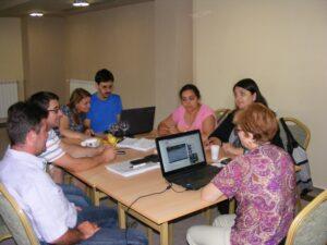 """CURSUL """"Formare Formatori"""" – FPC-FORMATOR / ID30462 parteneri: Autoritatea Naţională pentru Calificări – ANC, Centrul de Pregătire in Informatica Bucureşti – CPI şi TekhniKi Ekpedeftiki, Grecia – 20.08 – 30.08.2012 BUZAU HOTEL PIETROASA GlobeSys Computers 7 300x225"""