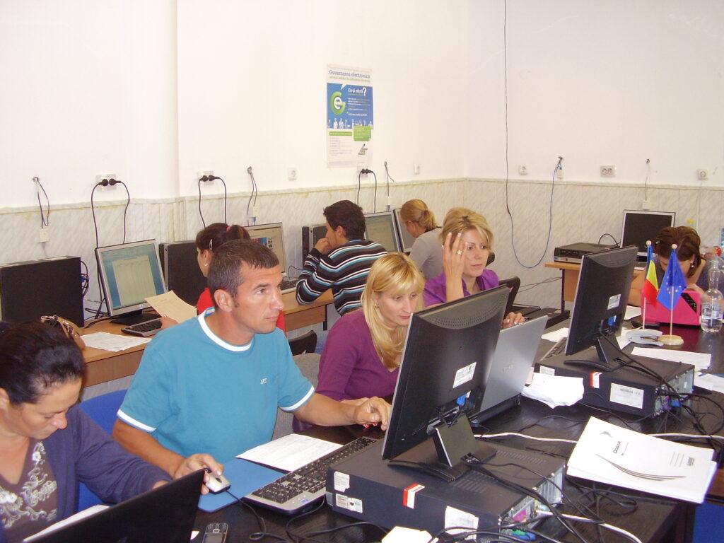 "2012 – PROIECTUL: ""ANTREPRENOR RURAL EUROPEAN"" PA050001 1024x768"