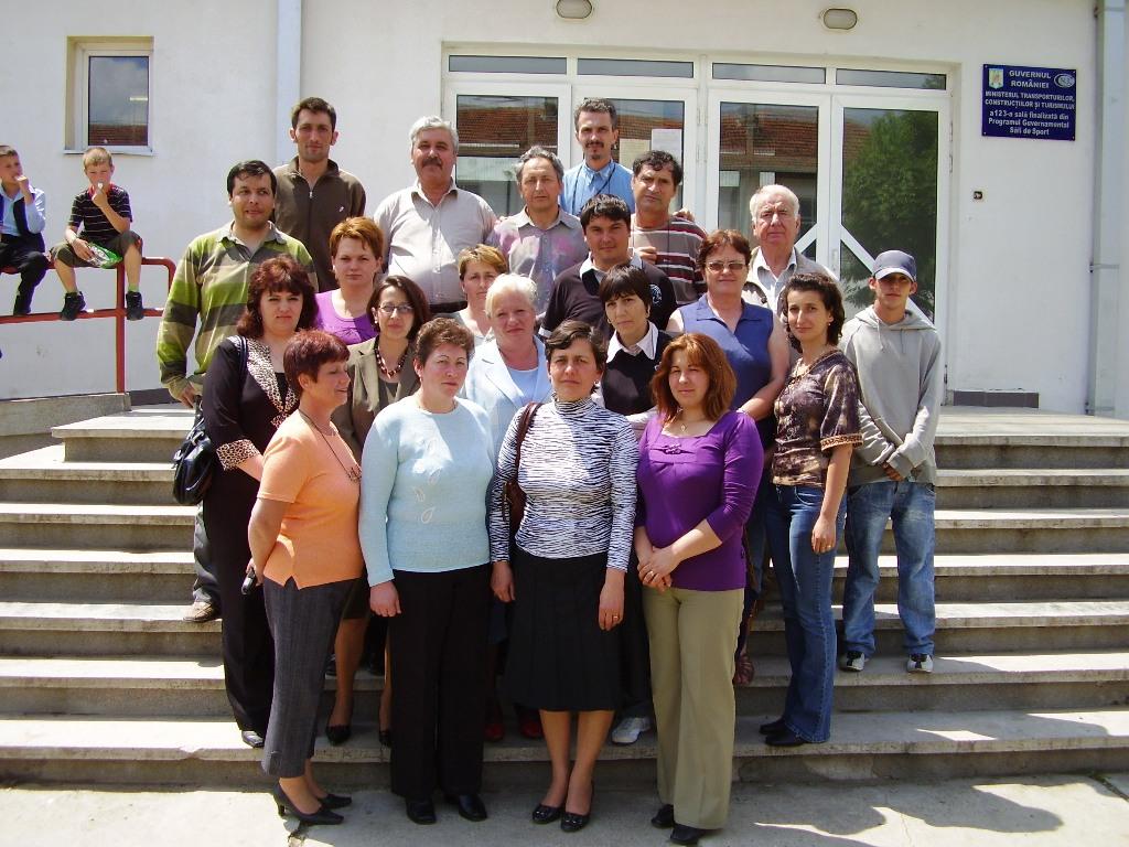 """Proiectul: """"Economia bazata pe cunoastere"""" 2009 patarlagele grup"""
