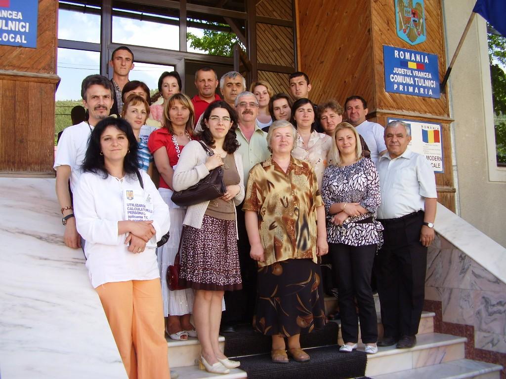"""Proiectul: """"Economia bazata pe cunoastere"""" 2009 tulnici grup"""
